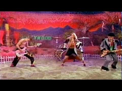 Red Hot Chili Peppers - True Men Don't Kill Coyotes (HD)