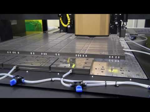 米国Photonic Industries International製RGHレーザー 液晶ディスプレイ用100 ~ 300um厚ガラスカット