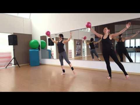 Pilates mit dem Redondo Ball