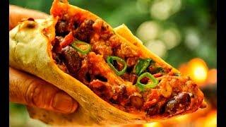 ВКУСНЕЙШАЯ мексиканская уличная еда: БУРИТО на мангале (ОЧЕНЬ вкусно)