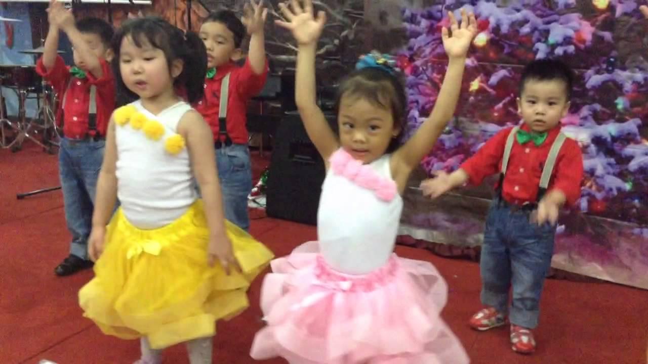 Long time ago in betlehem Christmas Dance Singa School - YouTube