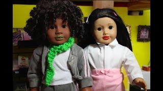 Brynn and Emma go Viral! -American Girl Doll Stopmotion