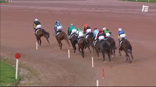 Vidéo de la course PMU PRIX MERCEDES ETOILE DE LAVAL