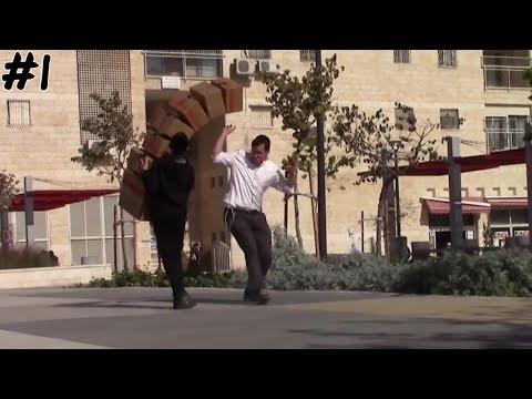 Boxes Falling Prank - מתיחת הקופסאות הנופלות - Mr Prank