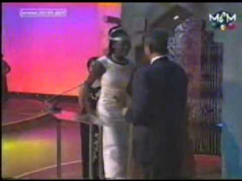 Kora awards- 1999  Gumba Gallo  daughter of Miriam Makeba,  at audiance and she was invited to stage