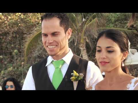 Asia and Emerson   by Cuban wedding photographers and videographers AV smile