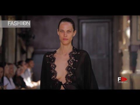 SONIA RYKIEL Fall 2018 Haute Couture Paris - Fashion Channel
