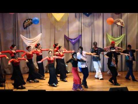 Bailando (Escuela de Flamenco Andalucia, Lara Music Dance, Proyecto Inside y LiboDance)