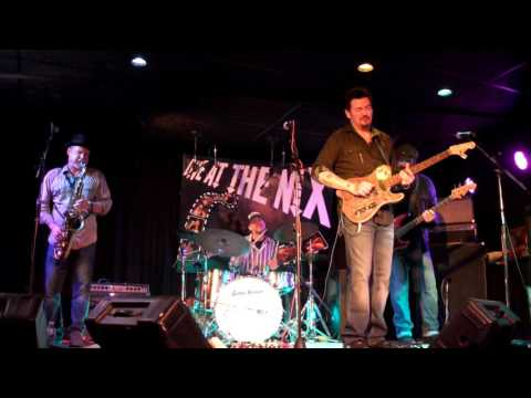 Mike Zito - Make Blues Not War - Live At The NiX