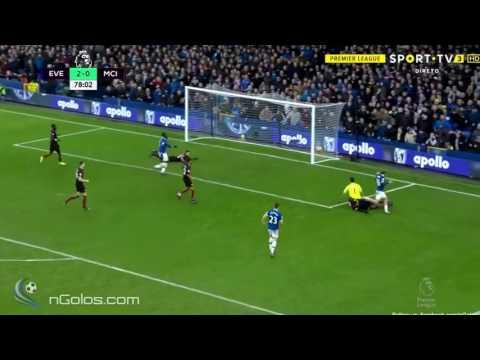 Ronaldo Barcelona Vs Chapocenes