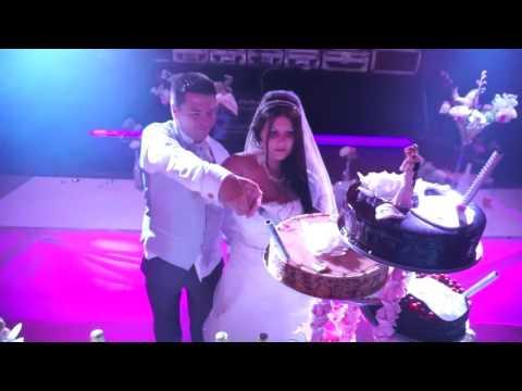 Gâteaux des mariés sur ACDC