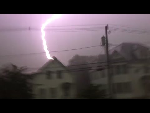 Severe Thunderstorm CLOSE LIGHTNING!!! | Taunton, MA - 8/4/15