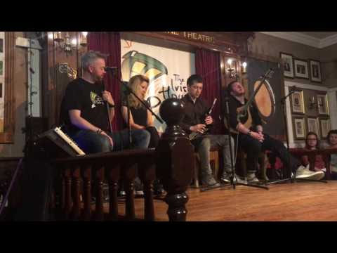 The Irish House Party - Uilleann Pipes