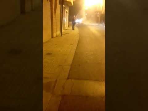 Incendio de un coche en Corella