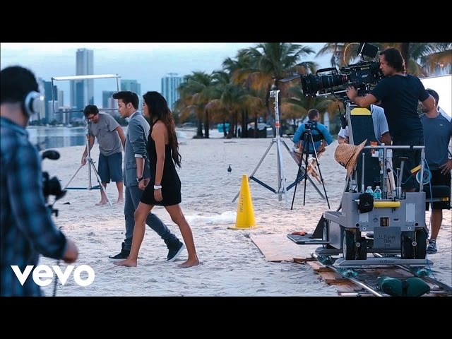 Prince Royce - Darte Un Beso -- Behind The Scenes (Part 2) Videos De Viajes