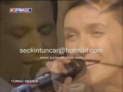 Kaldım İstanbullarda (Divane Aşk) - Şevval Sam