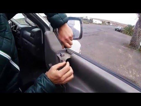 Desmontar la puerta de una furgoneta en 1 minuto