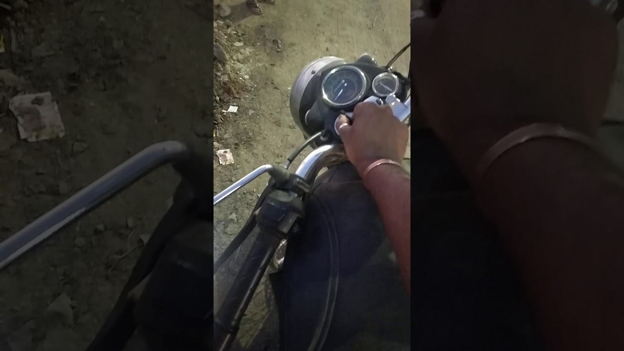 How to use key in Royal Enfield bike #BikeHacks #LifeHacks #RELover #ForBenny