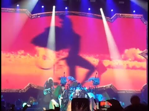 Helloween finish their 2018 Pumpkins United tour in Hamburg Germany.. video posted!