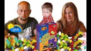 ЖЕСТЬ. ЧЕЛЛЕНДЖ. Пробуем вонючие ужасные конфеты с МИШЕЙ и  МАМОЙ.