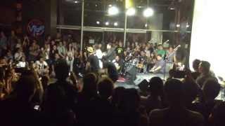 Maneuvers @ BigShift Live Vibe Part1  #Macarena #sweet soul revenue