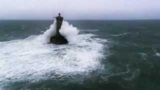 Копия видео Две красивые вещи  природа и музыка(ставьте лайки за видео:), 2012-12-19T17:29:52.000Z)