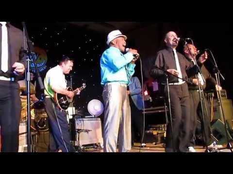 Itchy twitchy feeling, Bobby Hendricks with the Roomates, Hemsby 50, May 2013