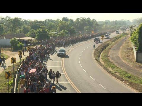 AFP: Des migrants d'Amérique centrale marchent vers les Etats-Unis   AFP