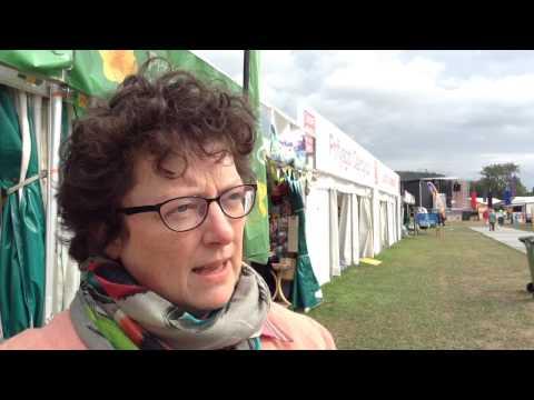 Elin Jones - denu'r Eisteddfod i Geredigion