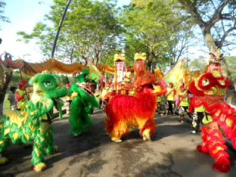 Lion Dance Viet Nam _ Đoàn lân sư rồng Bạch Ngọc Đường _ Huế ( 0909309446 )