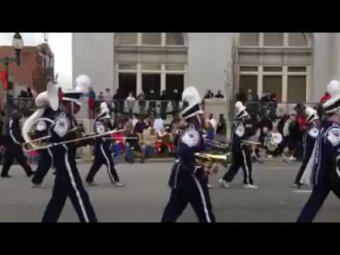 High Point Central HS Marching band@The 2013 Greensboro Christmas ...
