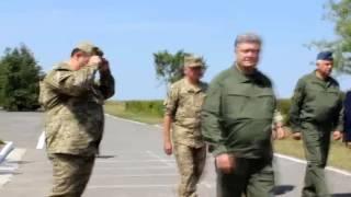 Порошенко в Виннице Поздравления, истребители, ИЛ-76 и десантники