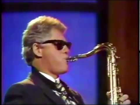 Bill Clinton playing saxophone on Arsenio Hall Show (HD)