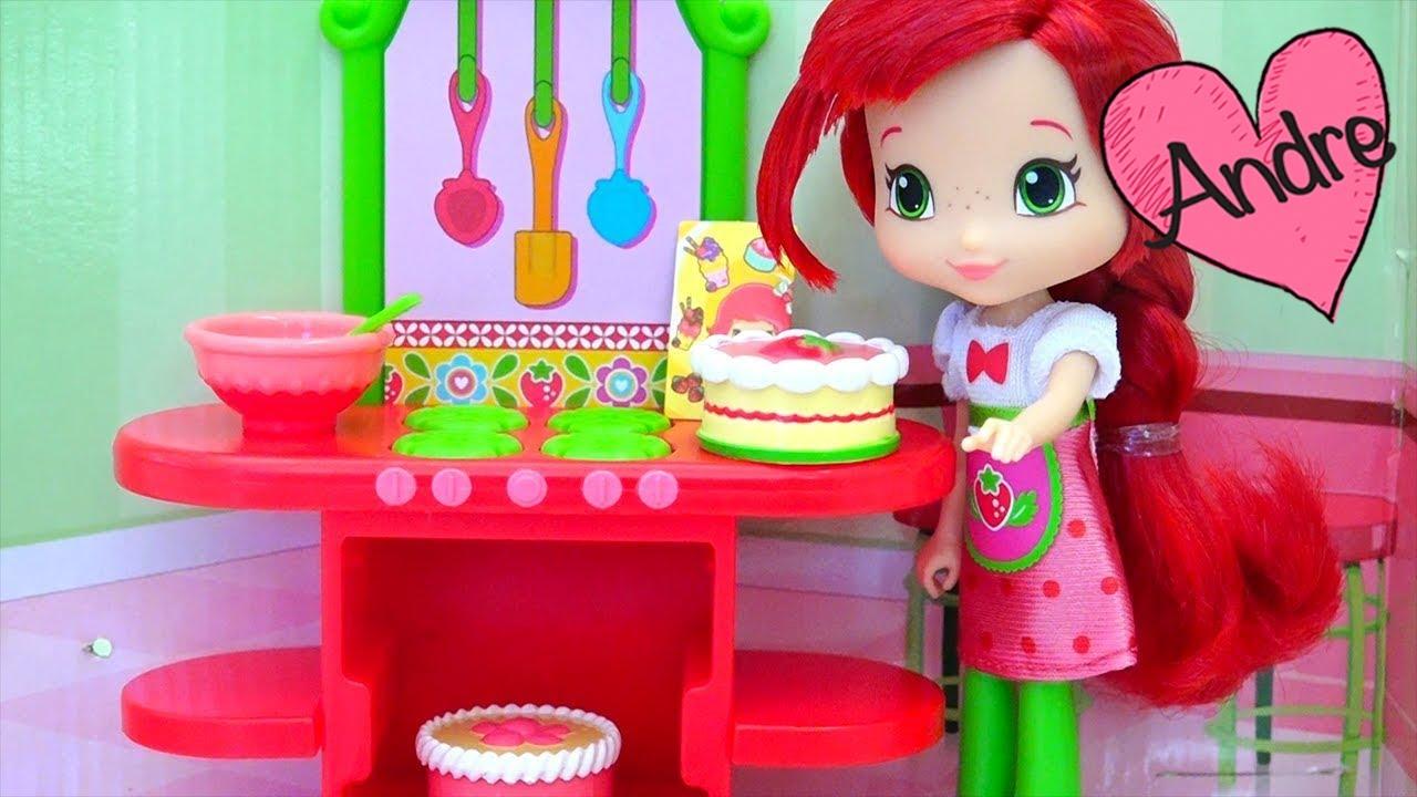 Juguetes y muñecas de Rosita Fresita - Frutillita hace un pastel ...