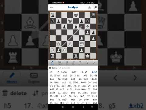 Hempaskan SCANDINAVIA DEFENSE di chess blitz online.