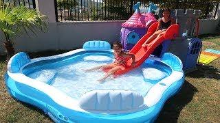 Elif Öykü ve Masal Bahçeye Aqua Park kurdu Çok Eğlendi!