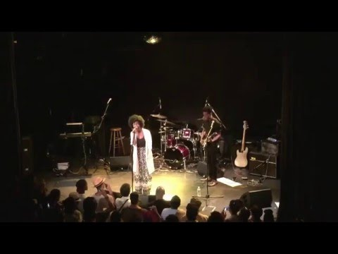 """Jaime Woods performing """"I'd Rather Go Blind"""".. July 26th, 2015 NYC"""