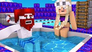 Elina im Minecraft Schwimmbad 💧💦