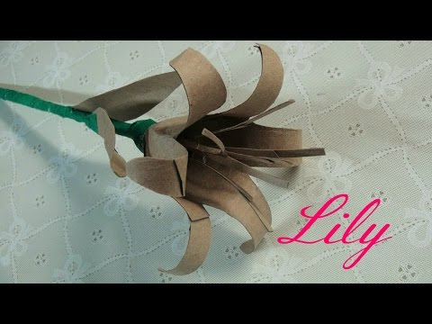 TOILET PAPER ROLL LILY - DIY