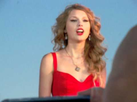 Taylor Swift Mine video premiere in Kennebunkport, Maine