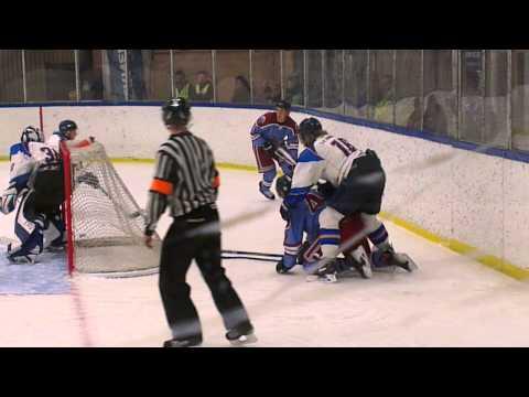 Astor Hockey reduserer til 1-4 mot Gjøvik Hockey.
