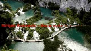 Milijan Knezevic-Necu vode iz frizidera