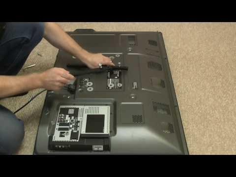 Как повесить телевизор на стену с кронштейном видео