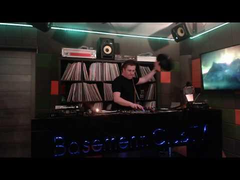 Maximo Live In Basement Club TV #8 100 % Vinyl Set
