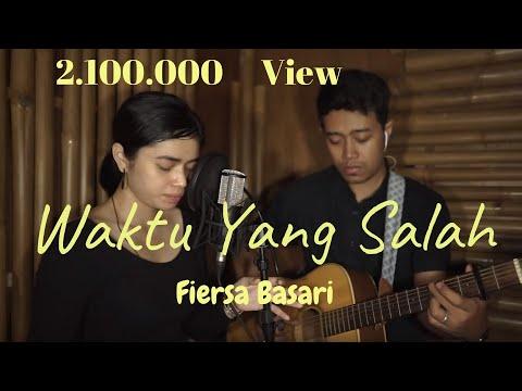 Waktu Yang Salah (Live Cover) by Della Firdatia