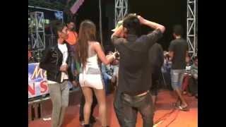 Berondong tua - Desih Avrilia (The tiger of music RAMA DISTA ) live show