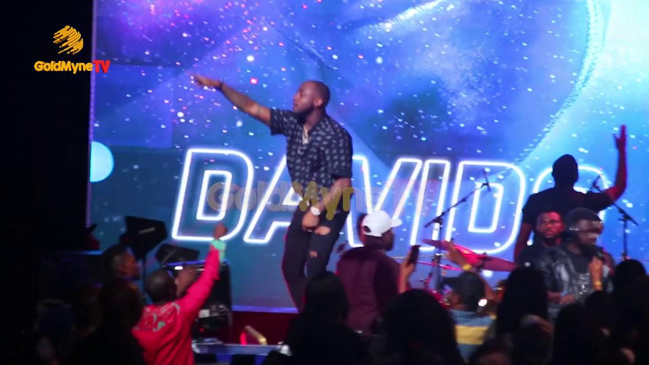 Download DAVIDO'S PERFORMANCE AT RHYTHM UNPLUGGED 2017