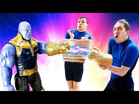 Акватим и Перчатка Бесконечности! Танос против Мстителей! Новые видео игры для мальчиков в Аквапарке