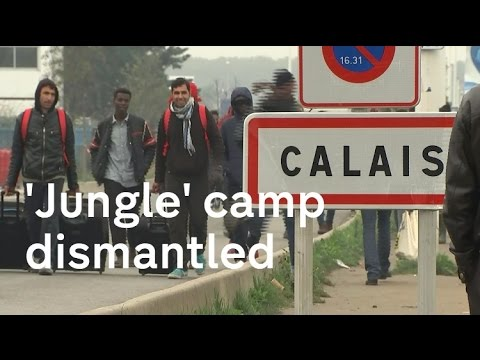 Calais jungle: French migrant camp is dismantled