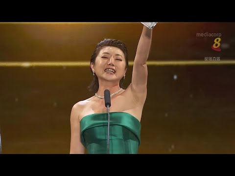 Quan Yi Fong wins Best Programme Host in Star Awards 2018